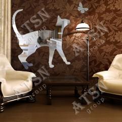 Декоративное зеркало. Кот и бабочка