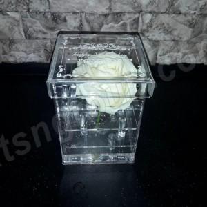 Акриловая коробка для цветов ( на 1 шт )