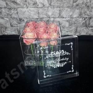 Акриловая коробка для цветов ( на 9 шт )